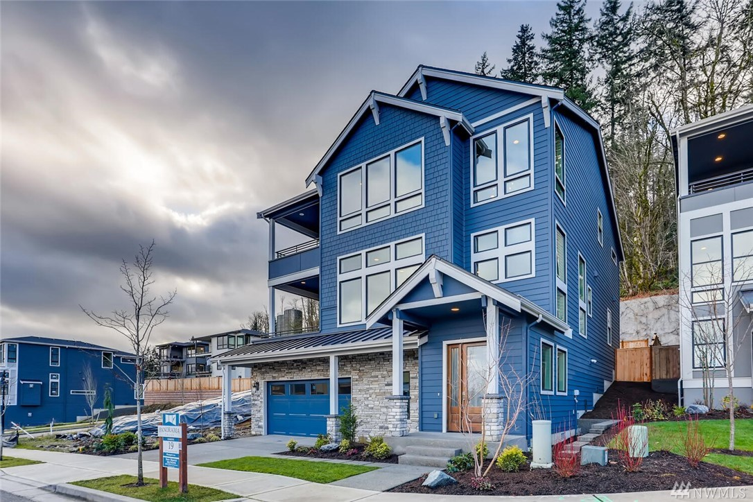 489 Foothills Dr NW Issaquah WA 98027