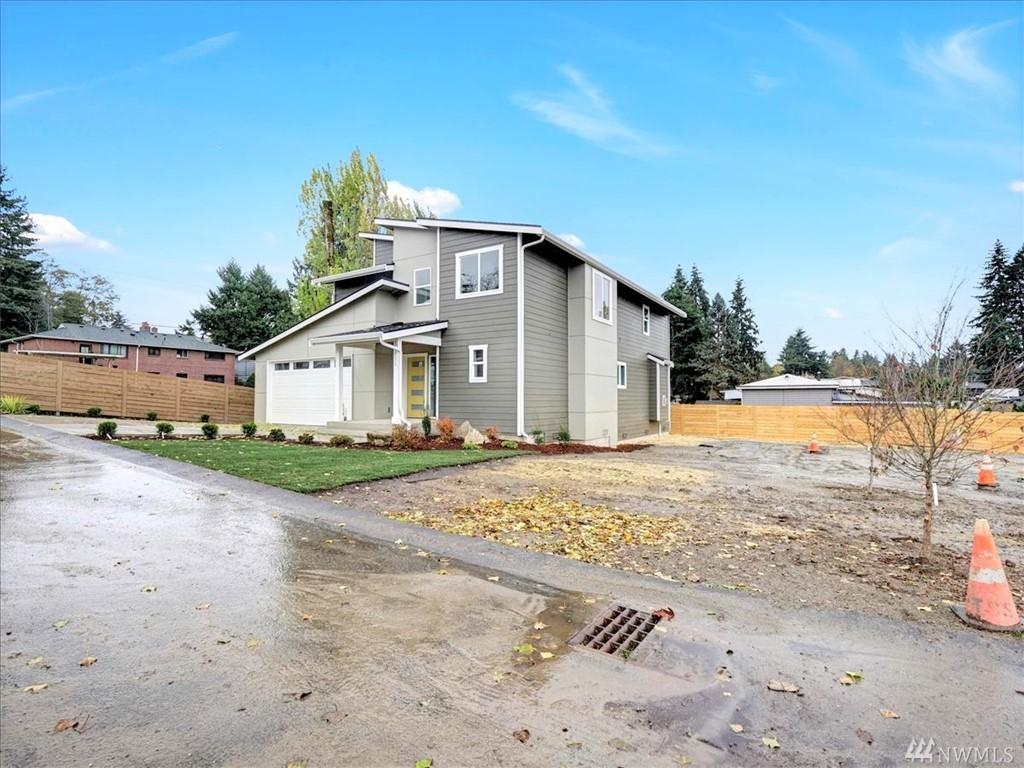 Photo 2 11811 12th Ave S Seattle WA 98168