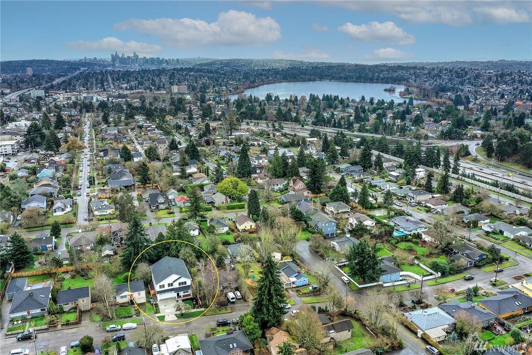 Photo 37 319 NE 89th St Seattle WA 98115