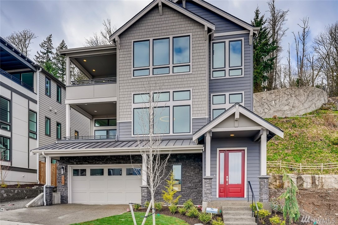 475 Foothills Dr NW Issaquah WA 98027