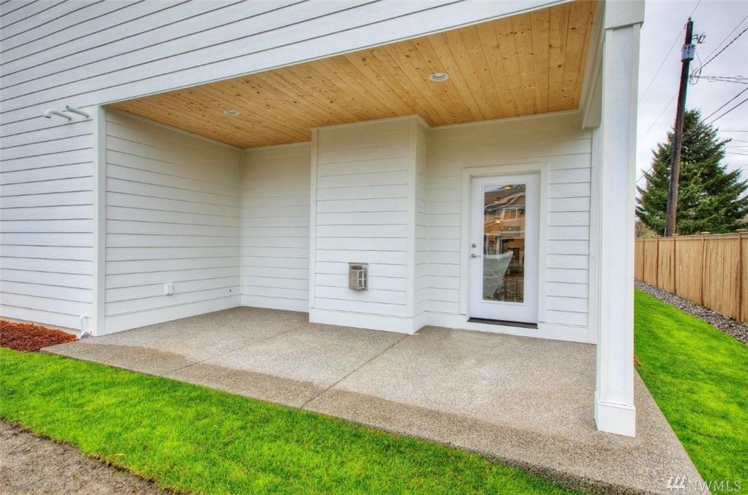 Photo 17 9349 Moreland Ave SW Lakewood WA 98498