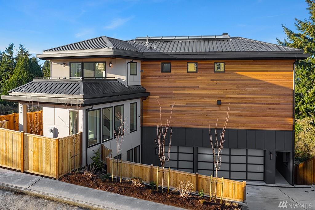 Photo 34 2318 Belvidere Ave SW Seattle WA 98126
