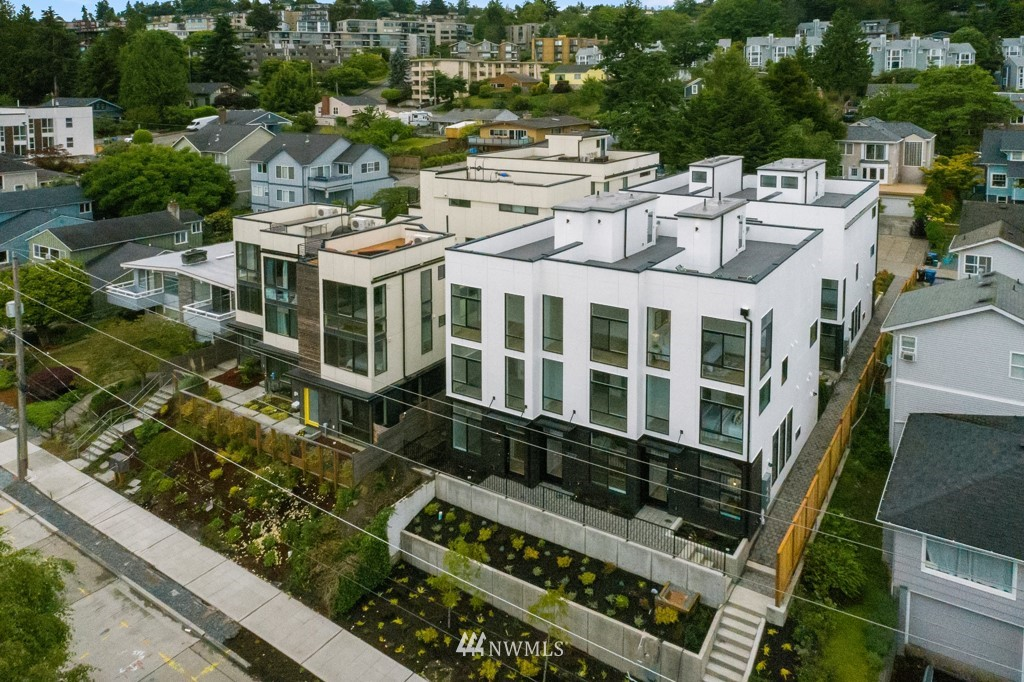 Photo 30 3831 23rd Ave W Unit B Seattle WA 98199