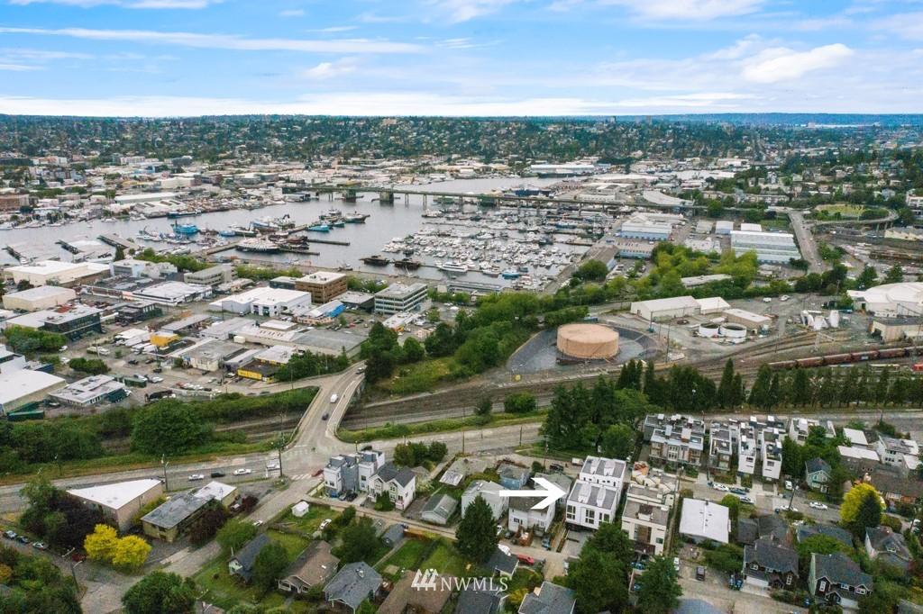 Photo 33 3831 23rd Ave W Unit B Seattle WA 98199