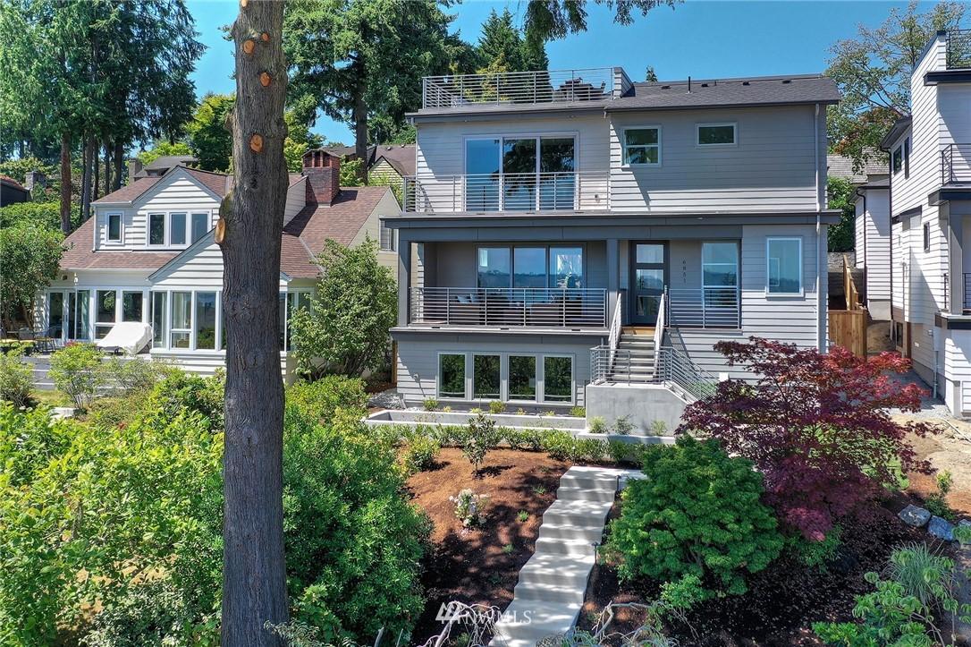 6851 51st Ave NE Seattle WA 98115