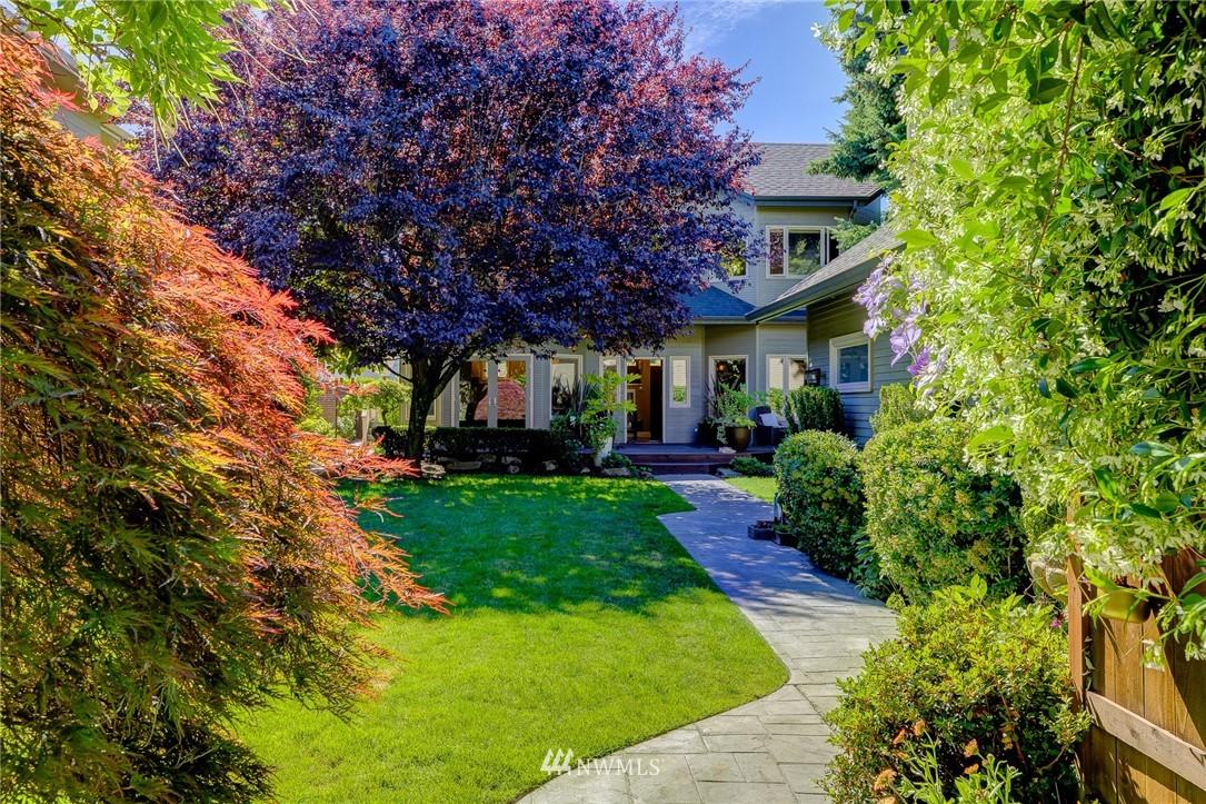 Photo 2 1149 33rd Ave E Seattle WA 98112