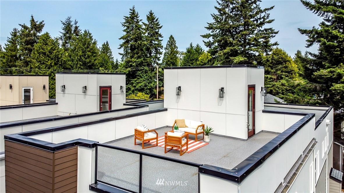 Photo 25 10406 2nd Pl SW Seattle WA 98146