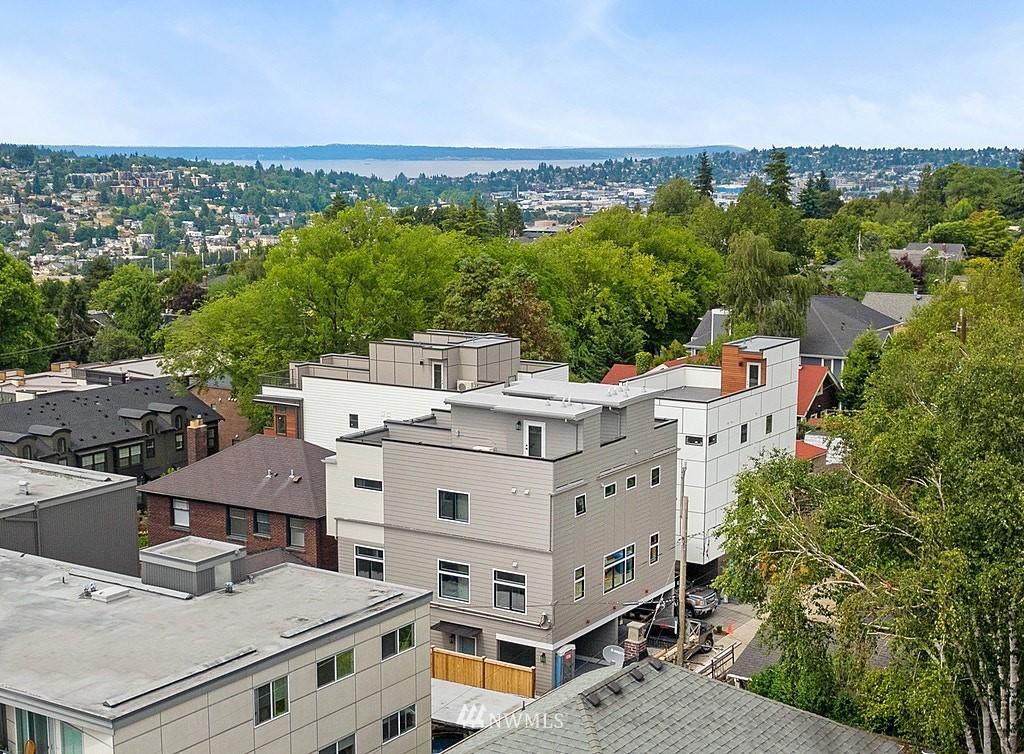 Photo 17 2112 B 9th Ave W Seattle WA 98119