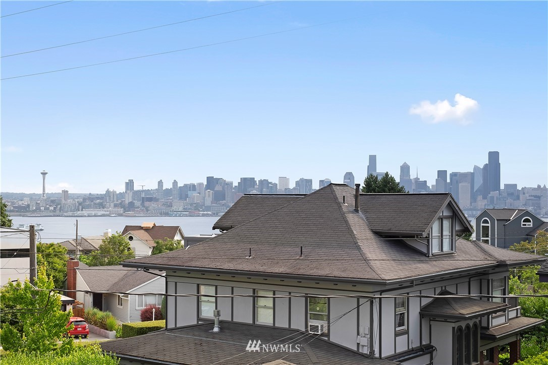 1512 California Ave SW Unit 302 Seattle WA 98116