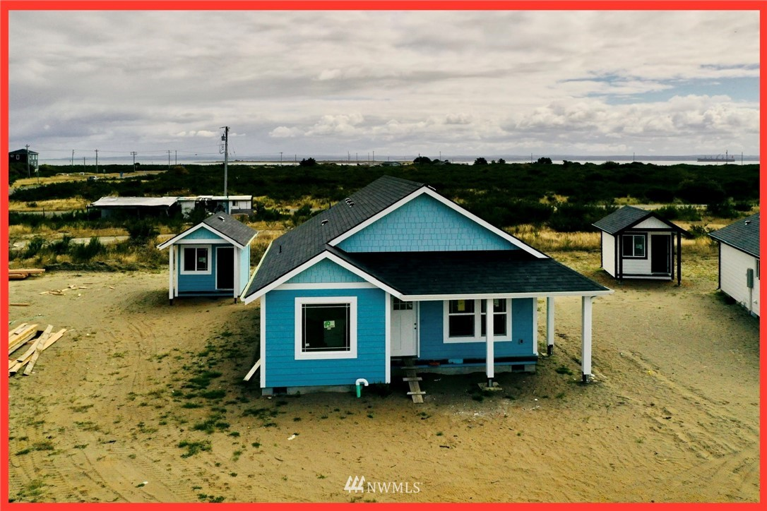 Photo 1 993 Alida Ct Ocean Shores WA 98569