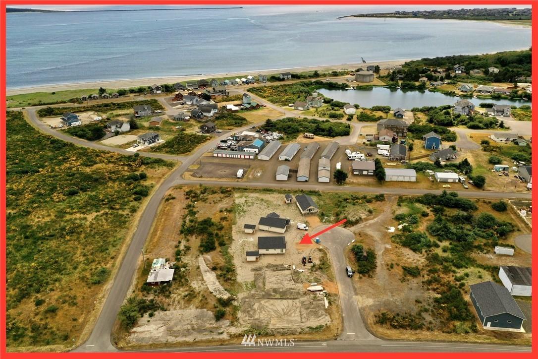 Photo 2 993 Alida Ct Ocean Shores WA 98569