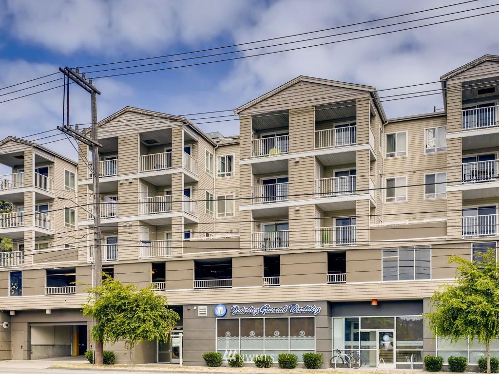 2530 15th Ave W Unit 308 Seattle WA 98119