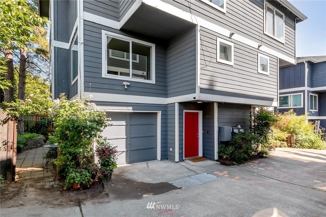 9024 17th Ave SW Unit A Seattle WA 98106