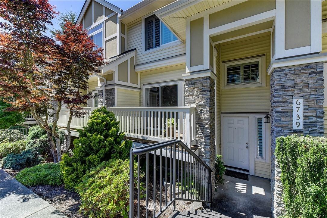 6739 SE Cougar Mountain Way Bellevue WA 98006