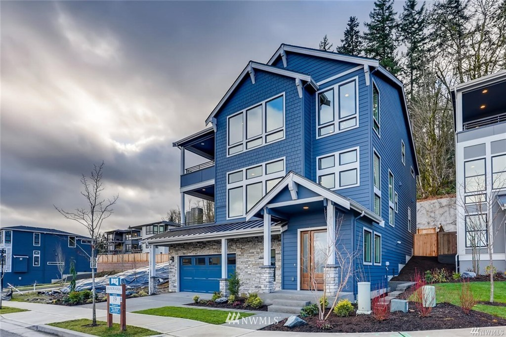 463 Foothills Dr NW Issaquah WA 98027