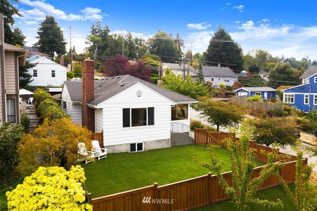 3802 33rd Ave W Seattle WA 98199