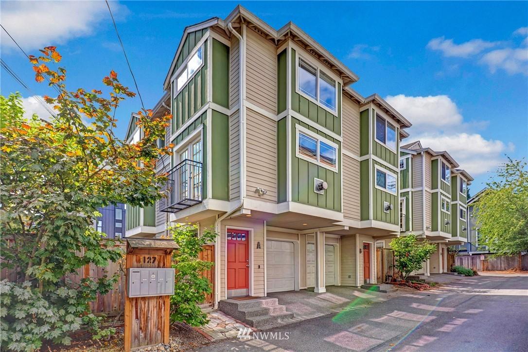 127 22nd Ave E Unit A Seattle WA 98112