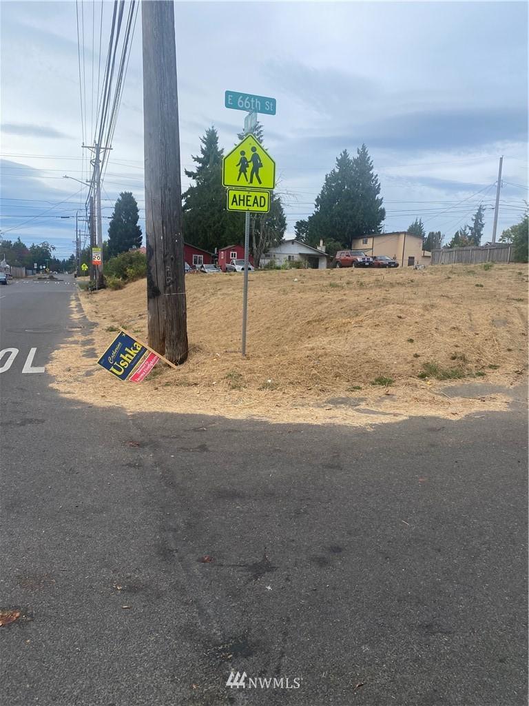 1301 E 66th St Tacoma WA 98404