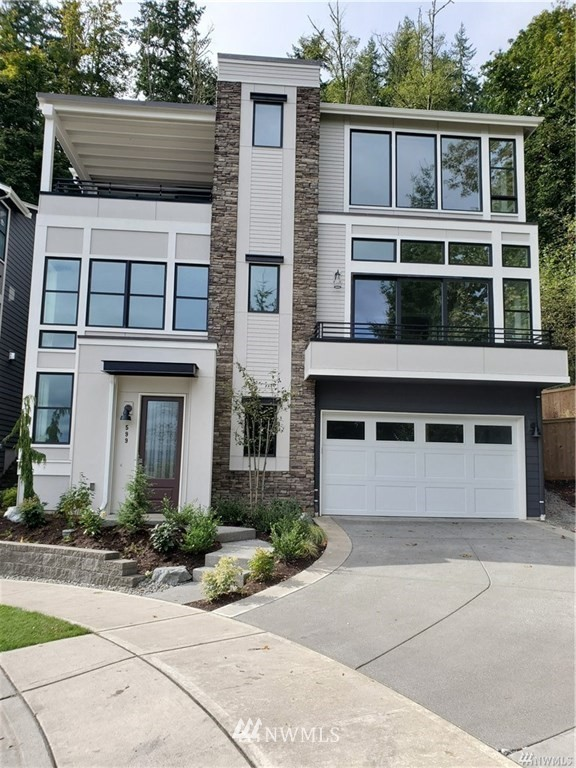 451 Foothills Dr NW Issaquah WA 98027