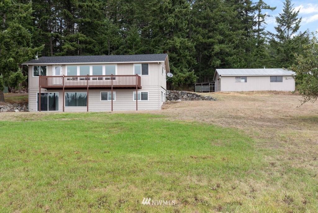 32 W Green Valley Rd Oak Harbor WA 98277