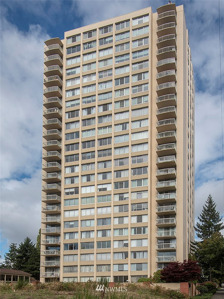 4540 8th Ave NE Unit 304 Unit 304 Seattle WA 98105