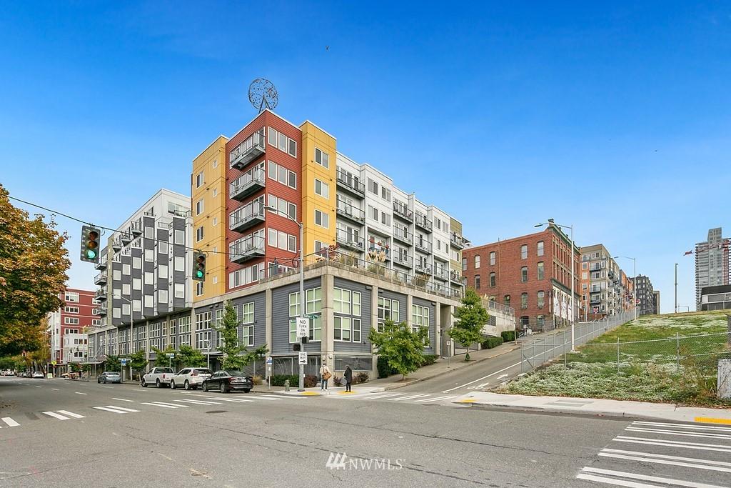 2500 Western Ave Unit 210 Unit 210 Seattle WA 98121