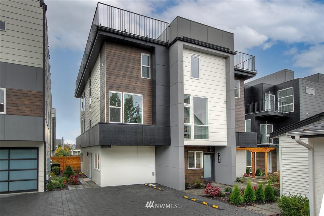 933 B NW 52nd St Seattle WA 98107